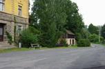 http://www.pojezdy.eu/galerie/002/Parkovistě a příjezdová cesta
