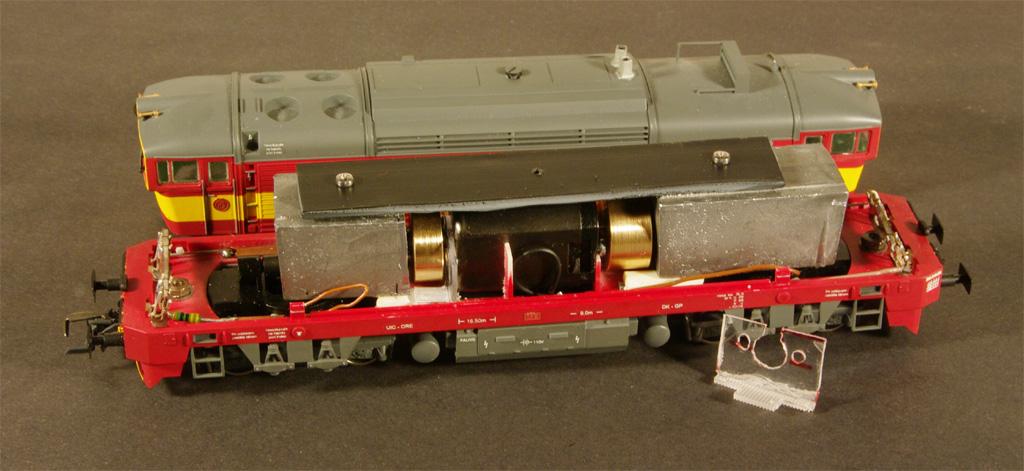 Vnitrek modelu lokomotivy Brejlovec