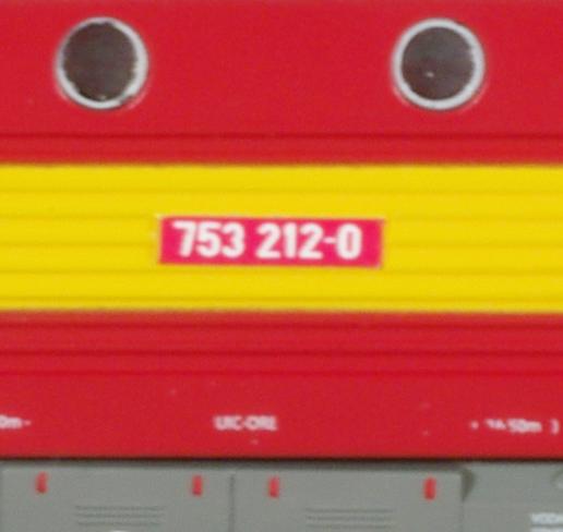 Stitek modelu lokomotivy řady 750 od fy. MTB